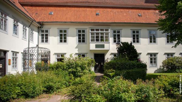 Gebäude mit Innenhof